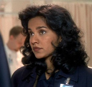 "Suleka ""Sue"" Mathew as 'Agent Linda Caleca' in ""The X-Files"" (S3)"