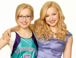 """Dove Cameron as 'Maddie Rooney' and Dove Cameron as 'Liv Rooney' in """"Liv and Maddie"""" (S1)"""
